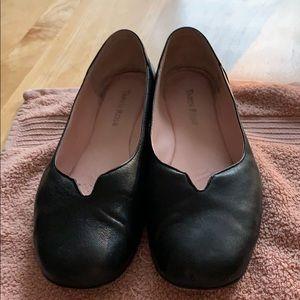 Black leather ballet shoes